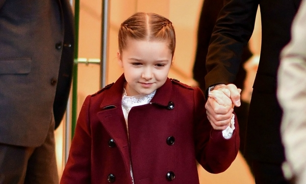 Harper Beckham is too adorable playing in London rain