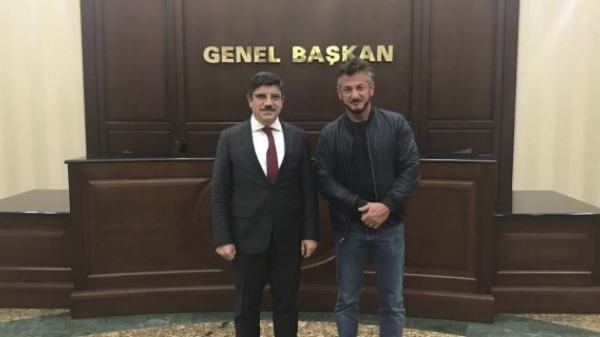 Sean Penn in Turkey working on a documentary about the death of Jamal Khashoggi